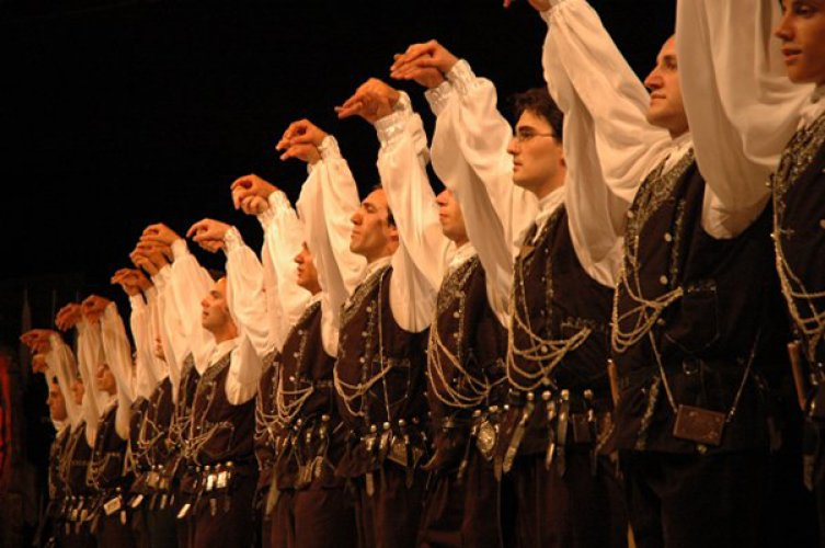 Traditional-Turkish-Dance-Show-in-Korea-