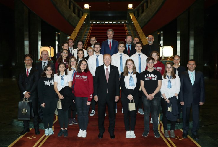 President-of-the-Republic-of-Turkey-receives-the-students--teachers-of-Deak-Ferenc-and-Kabatas-High-Schools
